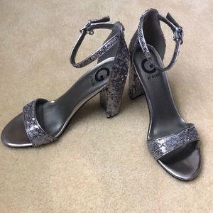 ⭐️ Beautiful silver dress shoes ⭐️